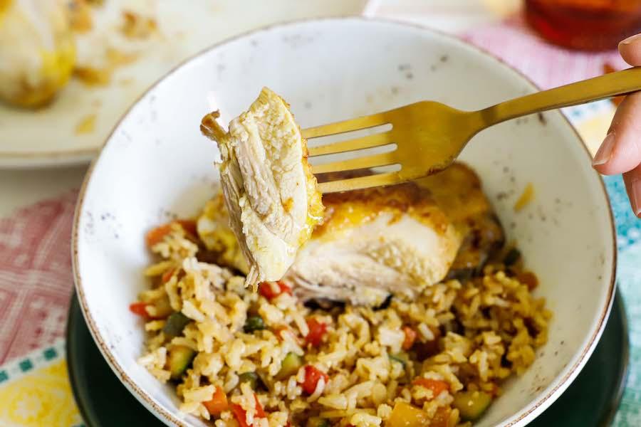 Fusi di pollo con riso crispy