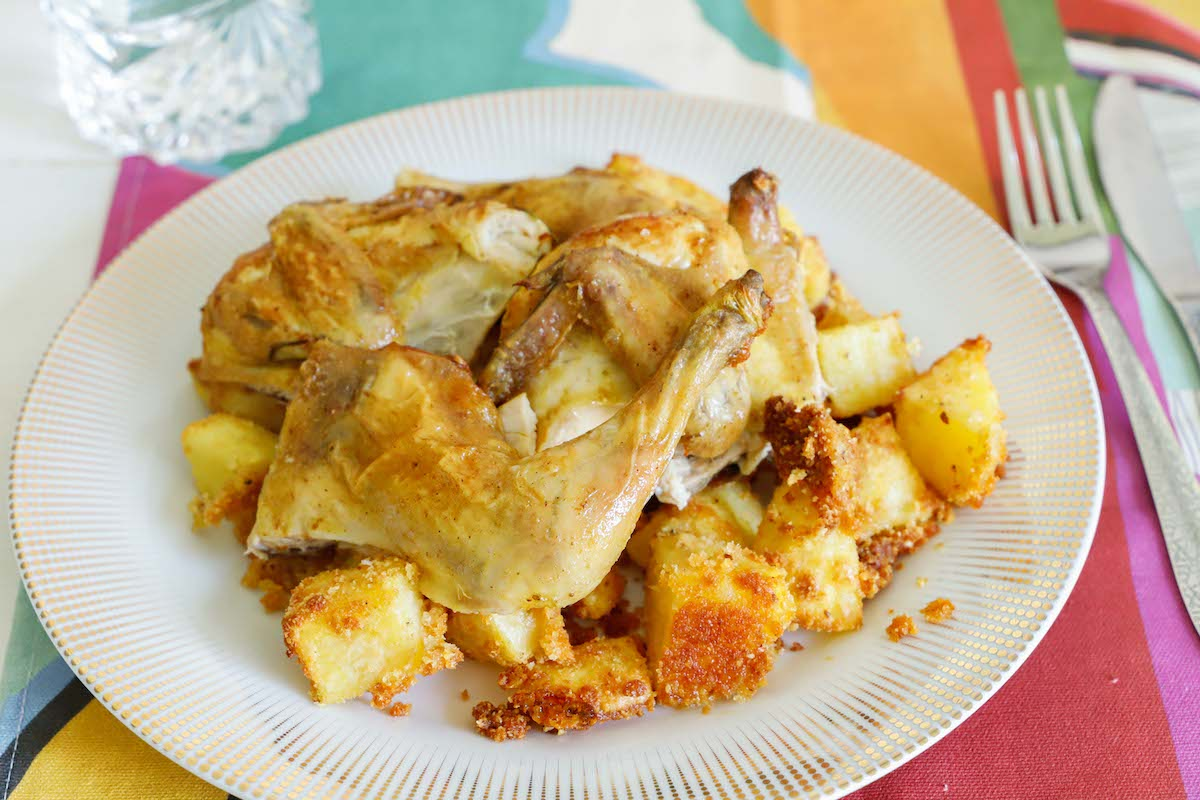 gran-galletto-al-forno-con-patate-sabbiate